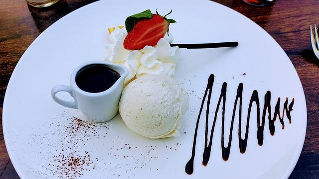 Vanille-roomijs maken met de ijsmachine 3