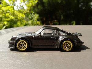 hot wheels auto 1